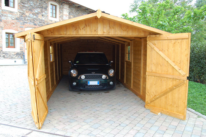 Garage e casette in legno garageinlegno for Costo per costruire un garage per auto